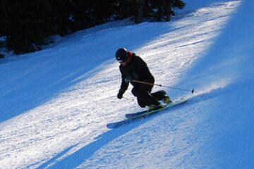 telemark skiier