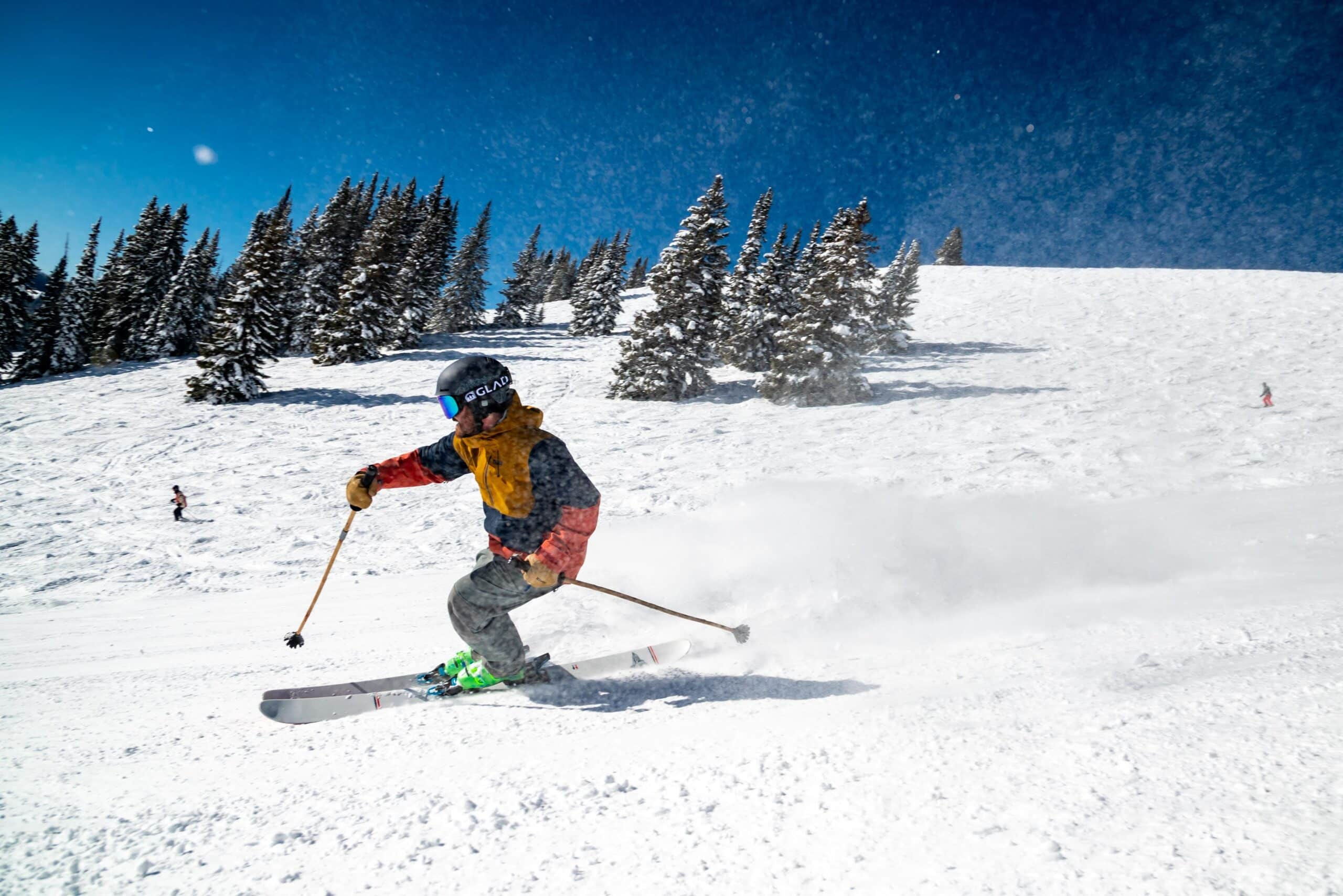 beginner skiier in goggles