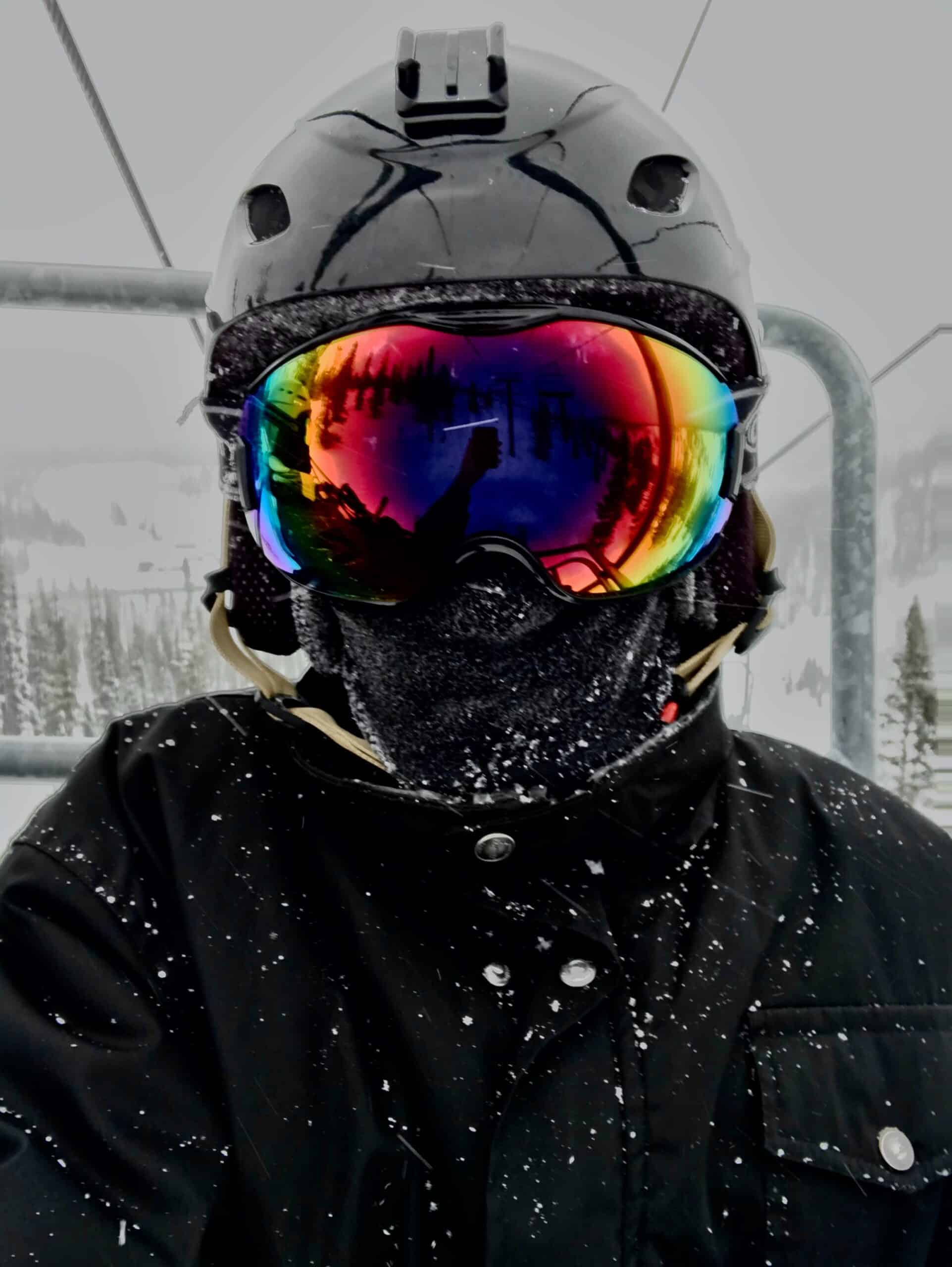 Bluetooth ski and snowboard helmet