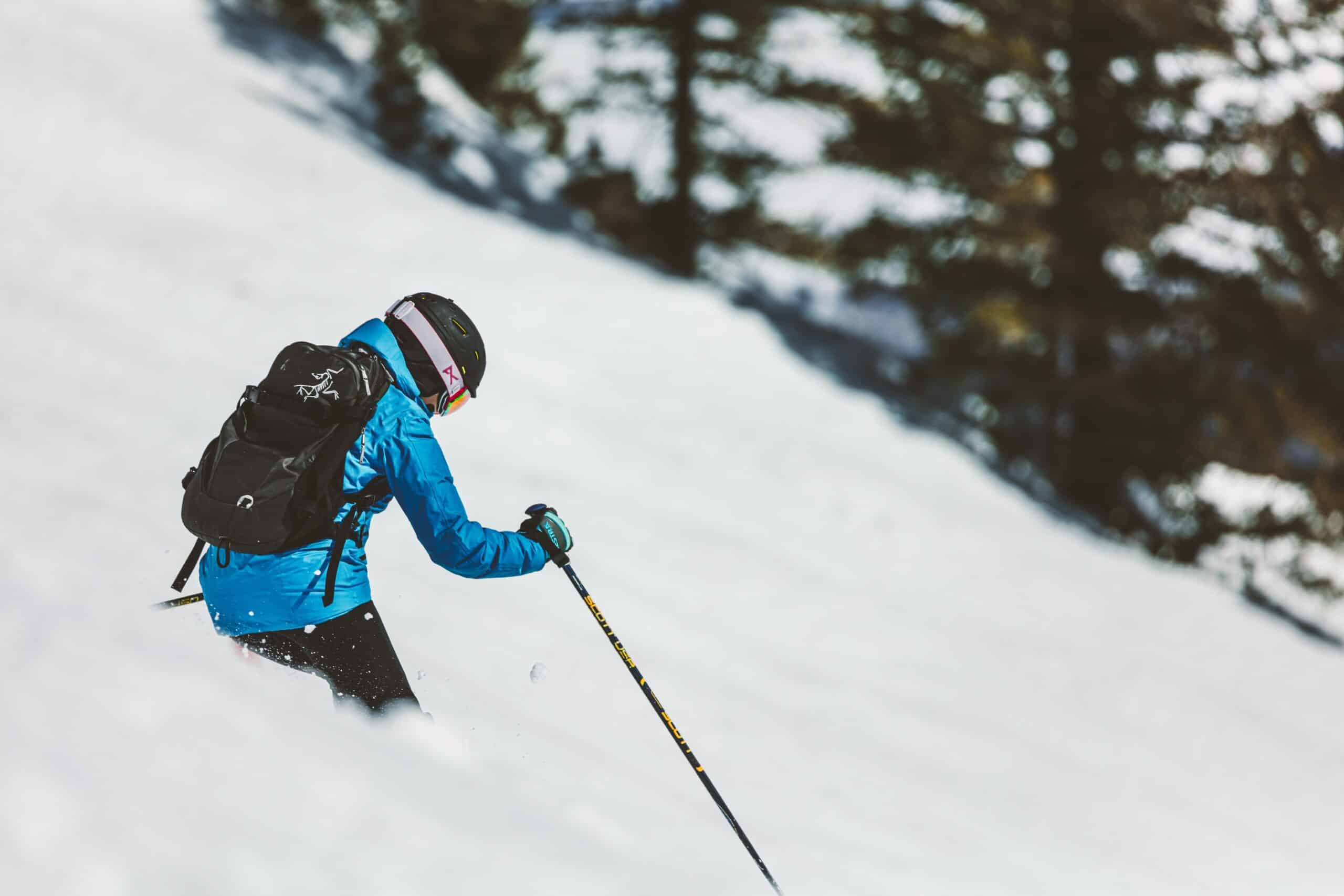 Skier with best glove insulation for skiing