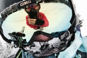 skiier in balaclava or ski mask