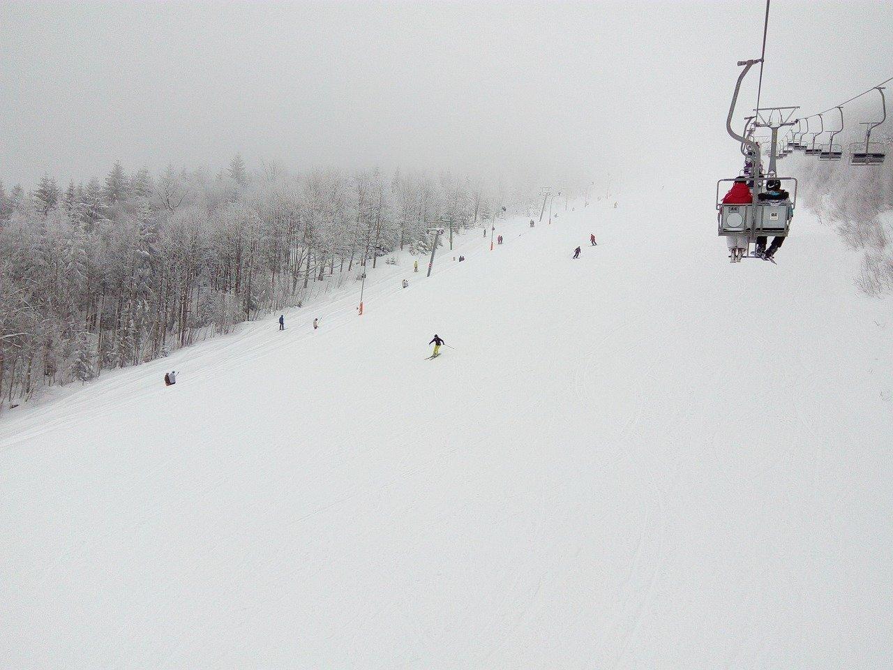 can you ski in the rain